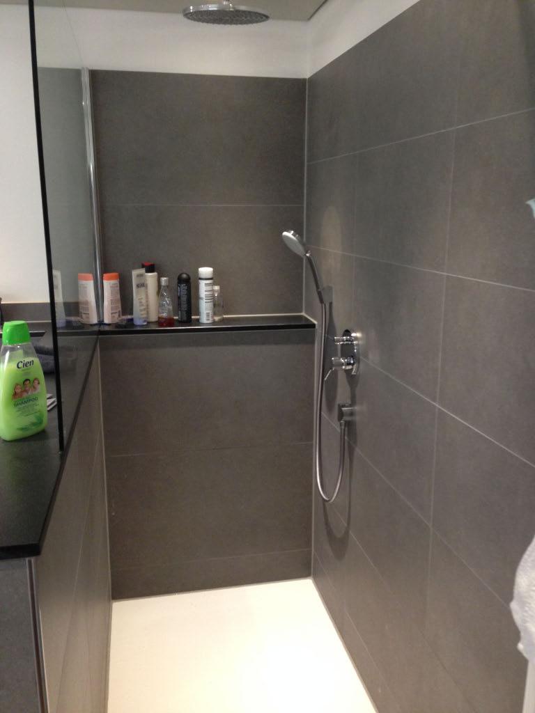 Dusche badewanne in gambach m ller gmbh b der - Badewanne glastrennwand ...