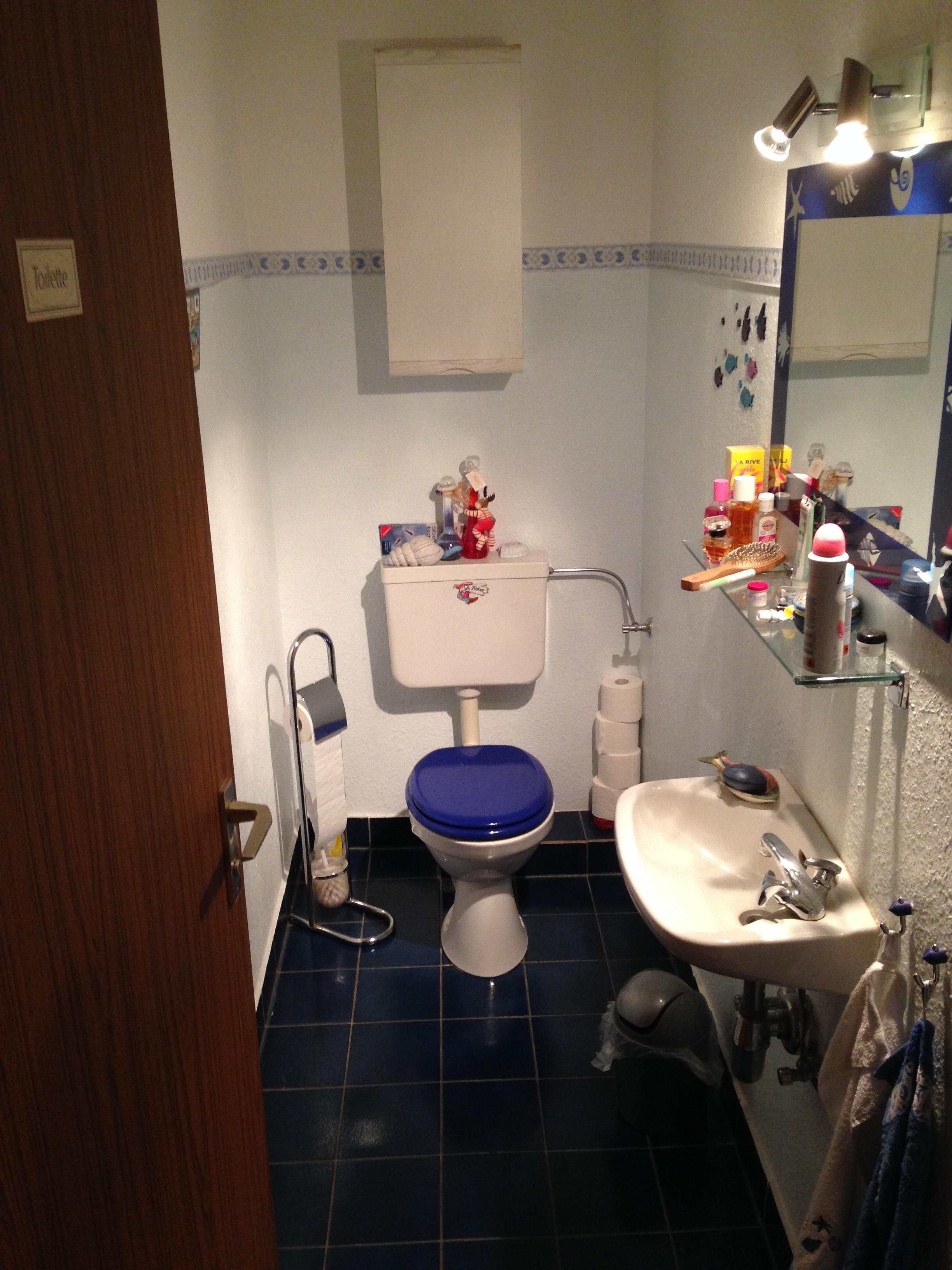 Gaeste-WC in Frankfurt VOR Umbau zu Duschbad